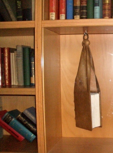 Beutelbuch.  Medieval portable reading